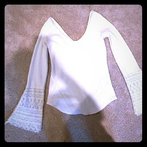 ❤*Rare Free People Top with Lace Bell Sleeves*❤